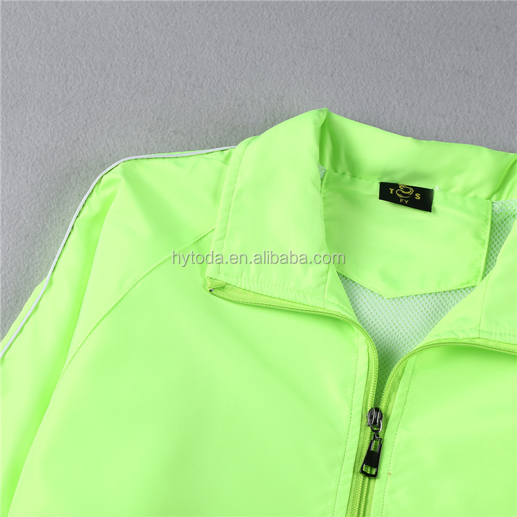 Light wind breaker for men custom black windbreaker jacket