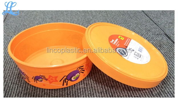 Xmas Plastic Round Gift Box With Cartoon Printed