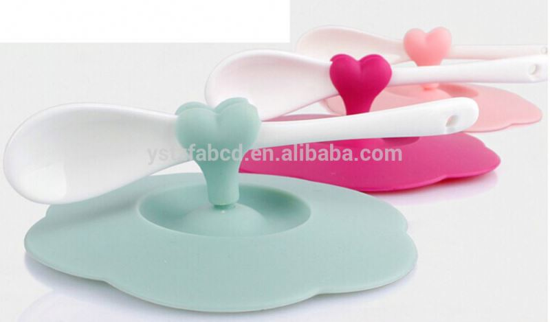 2015 heart shape silicone cup lid cover with spoon holder,mug lid cover