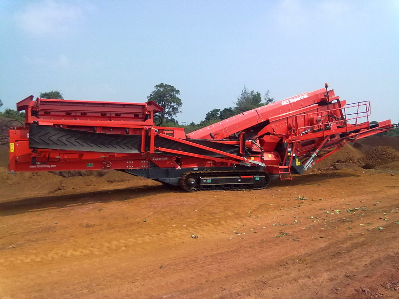 Pre-used mobile track mounted Screening Plant