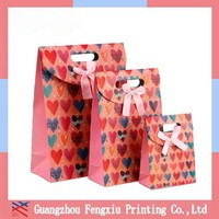 Customize Cheap Small Paper Gift Bags with Die Cutting Handles