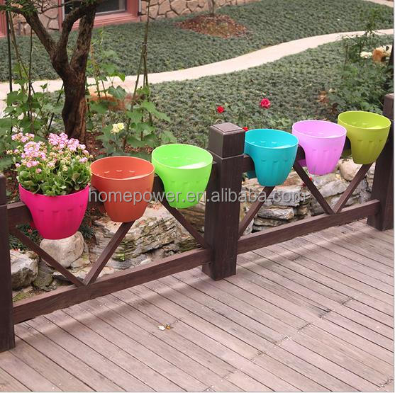 PP round plastic rail planter many colors