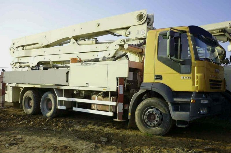 IVECO 350 6X4 PUTZMEISTER 36/4 BSF 16H