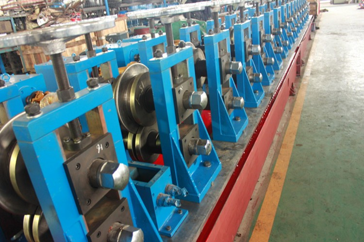 double layer panel double sided guardrail cold roll forming machine