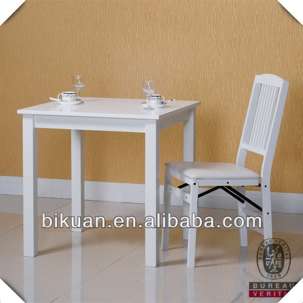 Fashionable designer children study table and chair