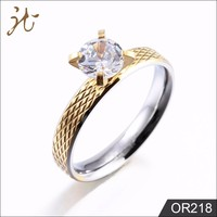 Hot Sale Diamond Engagement Tat Design 18K Gold Ring