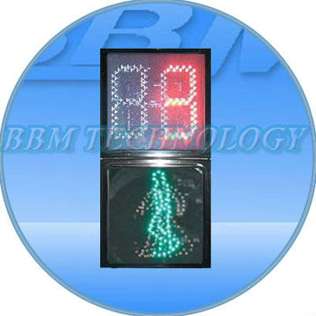 Digital pedestrian countdown timer traffic signal