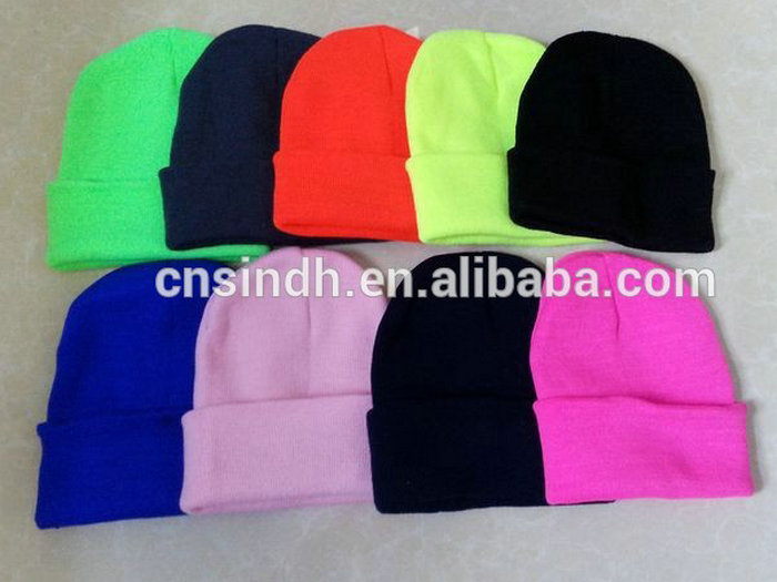 Various Colours 100% Acrylic Knitted Beanie Hat Made In China