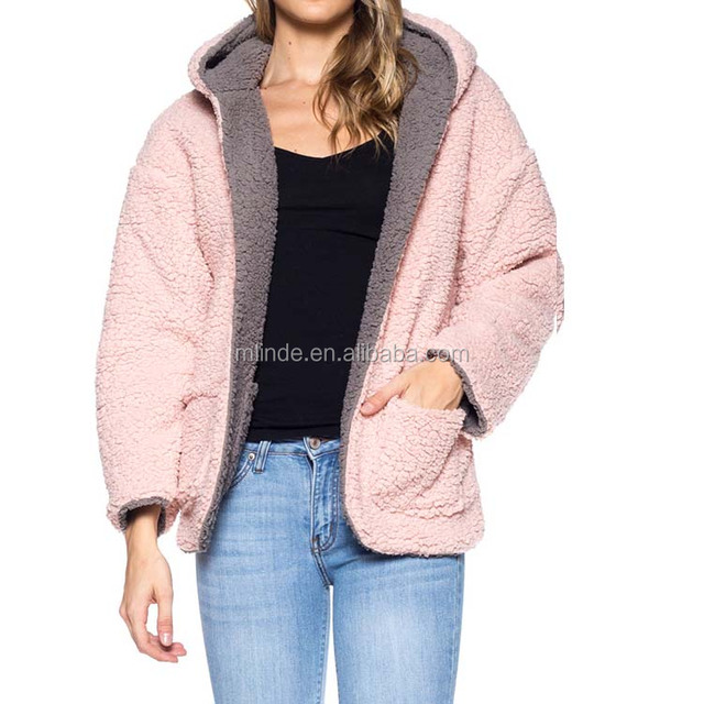 Wholesale Boutqique China Woman Grey Blush Wine Mocha Color Contrast Faux Sherpa Hooded Reversible Pockets Winter Jacket