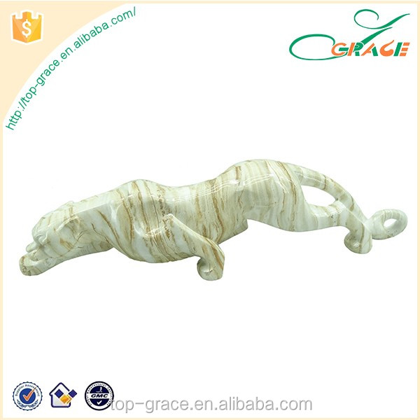 Active animal tabletop resin leopard sculptures for home decoration