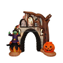 Scary inflatable entrance arch with pumpkin for Halloween