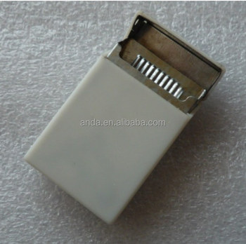 Mini Cigarette Pack Shaped Handy Pocket Cigarette Ashtray