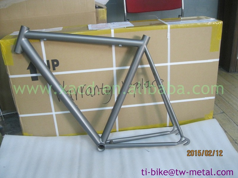 XACD cheap titanium road bicycle frame made in china!