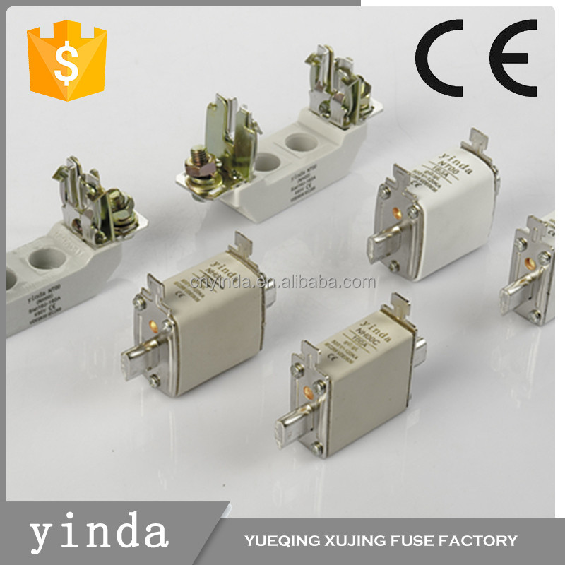 China Manufacturer High End Universal Hot Product Auto Fuse Box