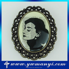 Korean Brooch - Queen Victoria For Kids Lovely Classical Brooch Fashion Jewelry Hot B0310