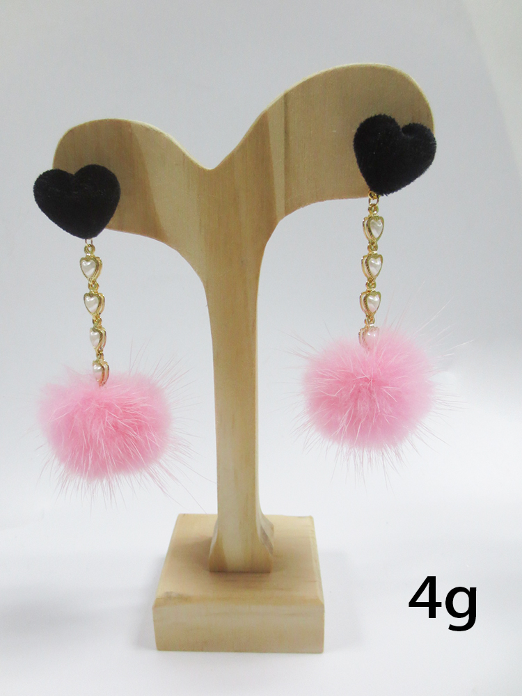 Factory direct the newest heart stud velvet ball pink earringfor women