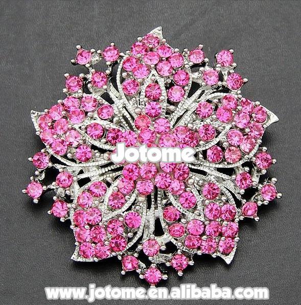 rose pink Austrian crystal oval round cut Rhinestone gold tone pin Brooch
