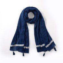 Wholesale in stock muslim hijab scarf with tassels pure color cotton scarf women hijab