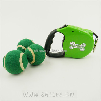 Retractable dog bone printed leash with funny dog tennis balls