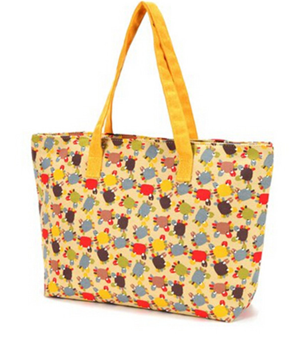 Summer Totes Offer The Perfect Beach Bag for summer beach bag gift