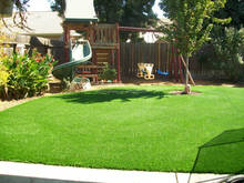 Synthetic Grass Suppliers False Turf Lawns For Gardens