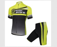 custom moisture wicking cycling wear