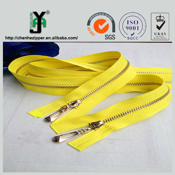 wholesale low price high quality two way slider metal gold zipper