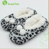 Leopard print lovely winter indoor Slippers Shoes with accessories