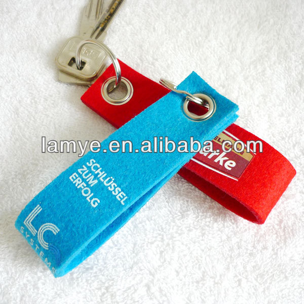 ECO Friendly and Non-Toxic silk screen printed felt keychain