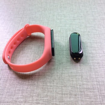 Long standby Waterproof Bluetooth Rechargeable Bracelet Beacon Wristband ibeacon