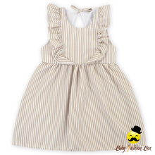 Latest Dresses Designs 3 Year Old Girls Fashion Seersucker Fabric Ruffles Flutter Sleeve Baby Dress