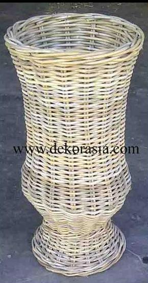 Natural Color Extra Large Vase Made of Rattan