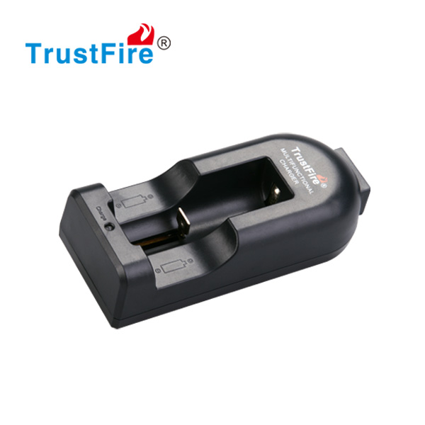 TrustFire single charger 10440/18650/14500 lithium battery charger TR-002 intelligent battery charger for vapor batteries