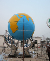 Stainless steel mirror hands sculpture with globe different kinds of handicraft