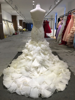 Guangzhou Factory Real Sample Latest Alibaba Strapless wedding gowns and bridal dress