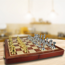 Factory Direct Wholesale Cheap Zinc Alloy Metal Chess Set