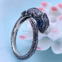 Fashion Adjustable Size Sterling Silver Blue Topaz Chameleon Design Unisex Ring