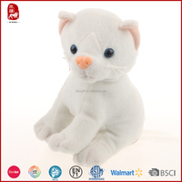 BSCI audit safe material plush cat pattern lovable white cat