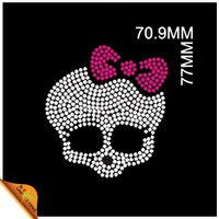 Skull with Pink Bow Hotfix Motifs Rhinestone Transfer for T-shirts