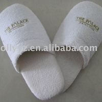 Comfortable White Cotton Terry Hotel Slippers