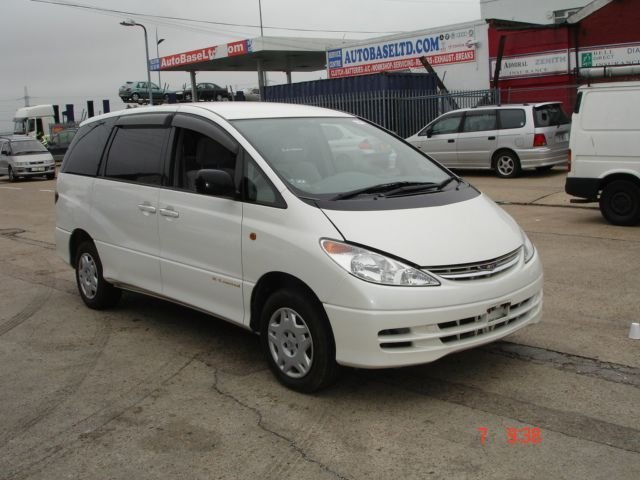 Toyota Estima, Auto, CD Player 2.4 used car 2001
