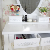 simple vanity dressing table with love style mirror