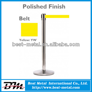 Bank retractable belt stand