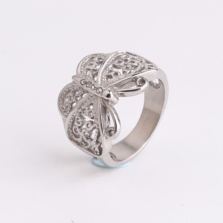 Domineering Hollow butterfly rhinestone 316L Stainless Steel finger rings for men women jewelry wholesale