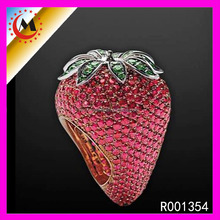 Latest Christmas Jewellery Micro Pave Cz Ring Designs Strawberry Shaped Fruit Ring Crystal