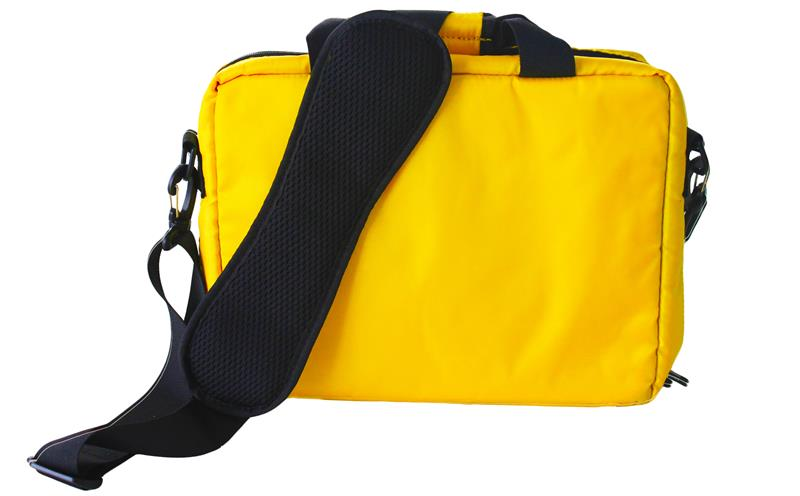 Outdoor portable emergency medical first aid bag