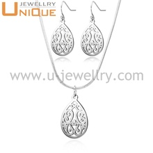 Fashion stainless steel jewelry set 2017 wholesale waterdrop pendant necklace and earrings set for women