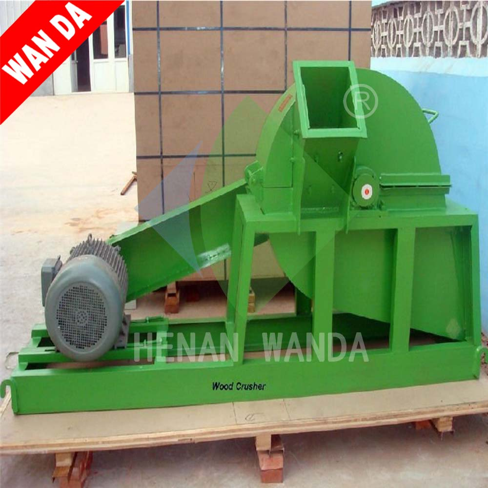 level feeding / horizontal feeding wood flaker