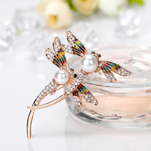 Butterfly Brooch Pin badges for Clothes Rhinestone Pins and Brooches for Women Metal badges Clip for scarf