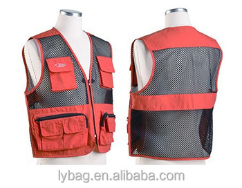 simple fishing vest with mesh